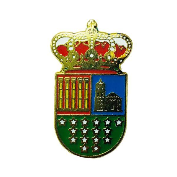 pin heraldico escudo de en medio