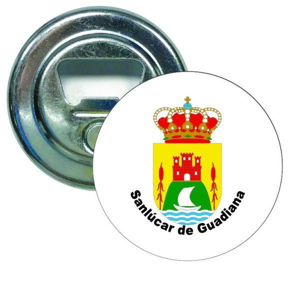 abridor redondoescudo heraldico san lucar de guadiana