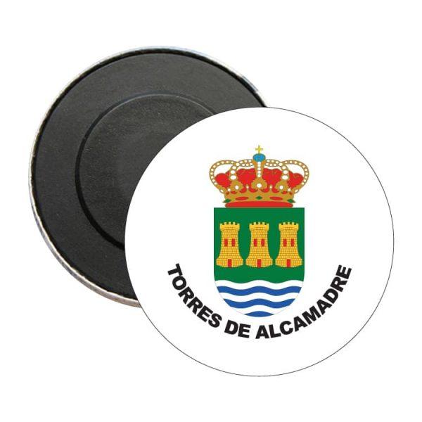 iman redondo escudo heraldico torres de alcamadre