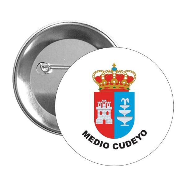 chapa escudo heraldico medio cuyedo