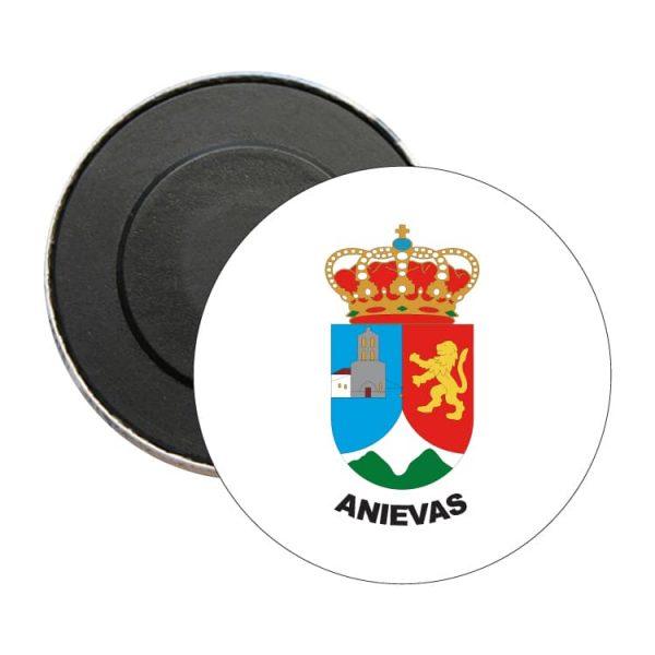 iman redondo escudo heraldico anievas