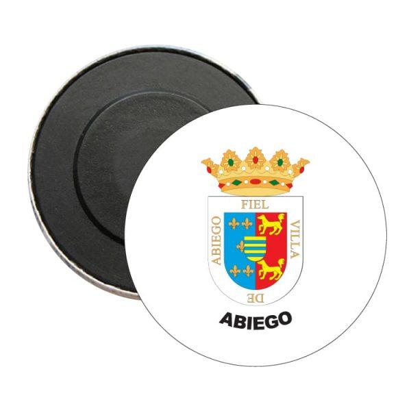 iman redondo escudo heraldico abiego